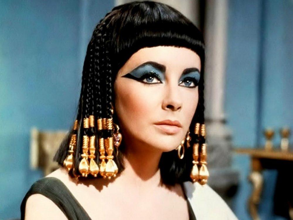 elizabeth taylor attrice cleopatra eyeliner